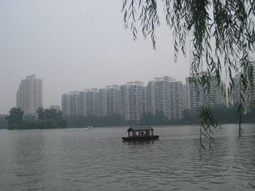"""""""中国城市12强""""报告发布"""